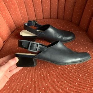 Vintage | Leather Navy Blue Heels w/ Ankle Strap